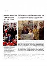 Stifterin Gudrun Weinrichs und Mitglieder von PAUL e.V. bei der Scheckübergabe